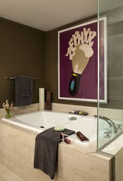 Bachelor Pad Bathroom 6