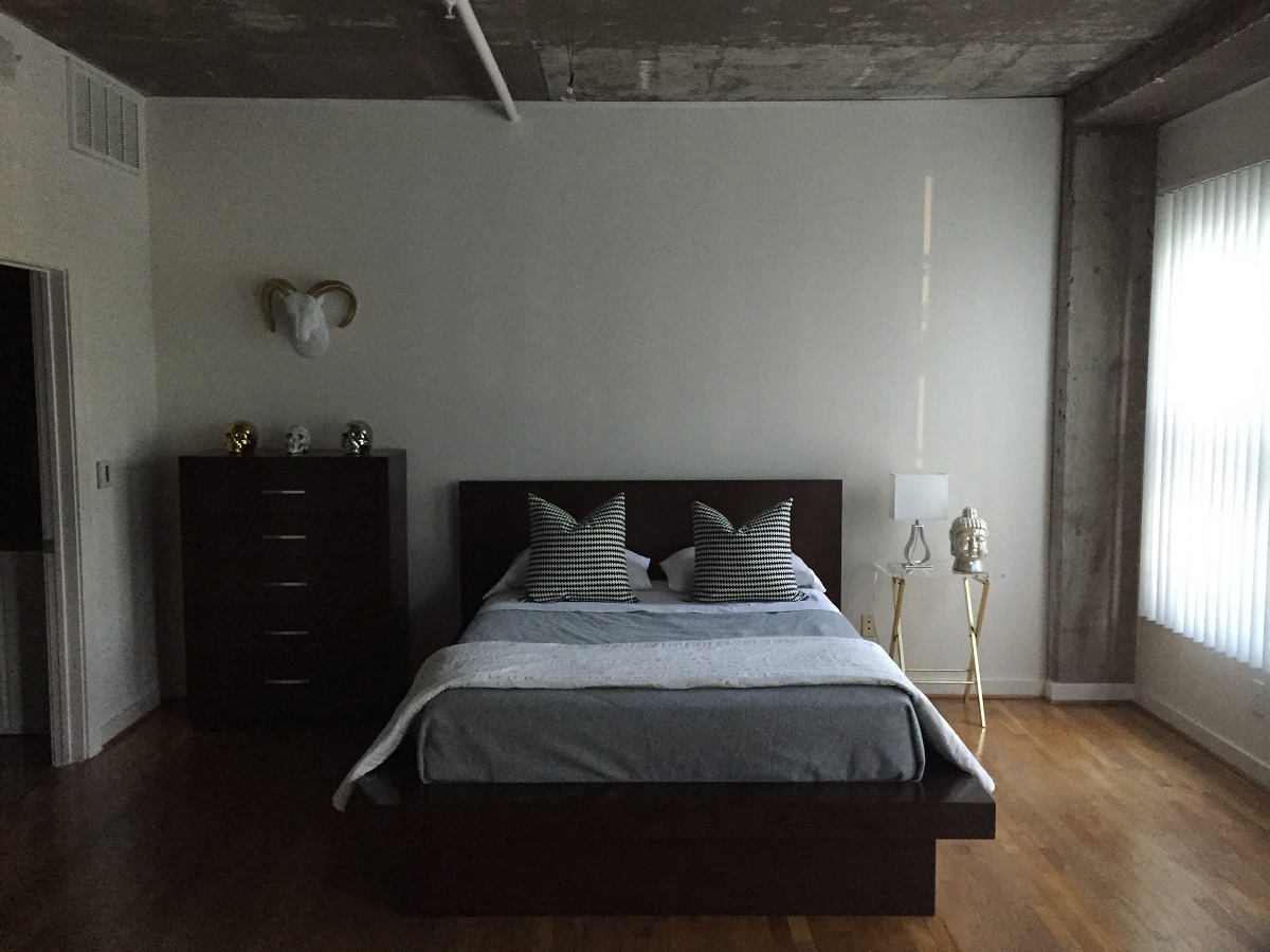 bachelor pad studio loft  bachelor on a budget - bachelor pad bedroom mj